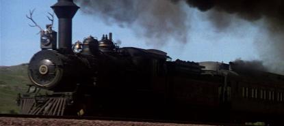 image d'un train dans le film La Porte du paradis